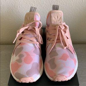 Adidas NMD_XR1 W 6.5 pink duck Camo